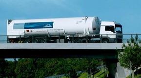 Bulk Gas Truck. Hydrogen supply and transport - Container vehicle for liquid hydrogen on a bridge, shooted from below.